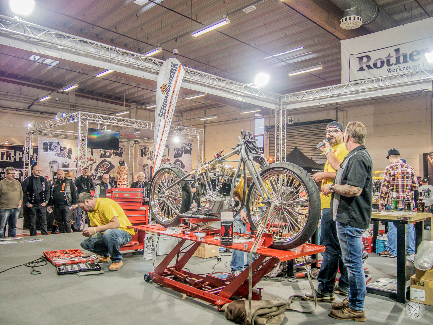 Review2022Biker20Built20Of2220auf20der20CUSTOMBIKE-SHOW202015